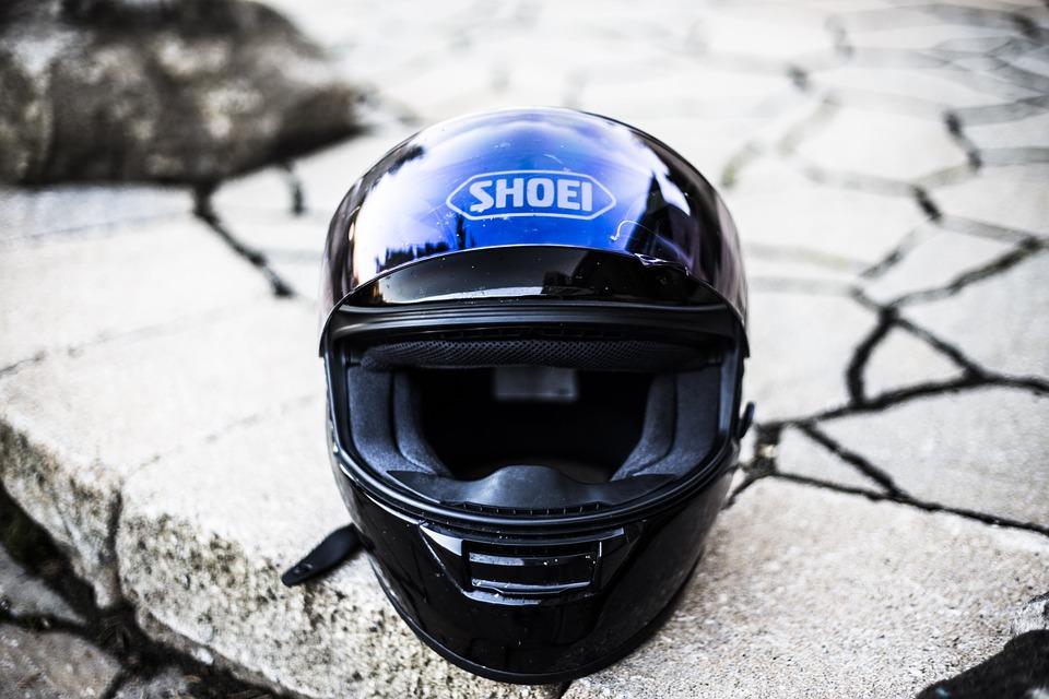 Caratteristiche principali del casco per la moto